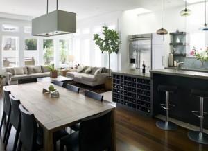 spojení kuchyně a obývacího pokoje patří mezi současné interiérové trendy