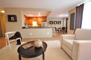spojení kuchyně a obýváku, to je komfort a elegance