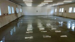 požadavky na průmyslové podlahy jsou velmi náročné