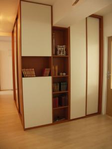 Podobu vestavěné skříně si můžete sami navrhnout /