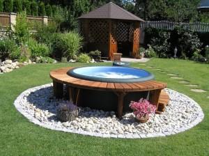 Zahradní vířivky jsou spojením účelnosti a stylu /