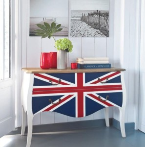 Hide-away-the-mess-with-a-Union-Jack-themed-dresser