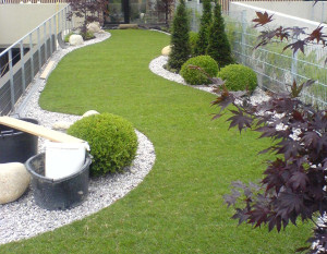 Krásný trávník může být i chloubou vaší zahrady /